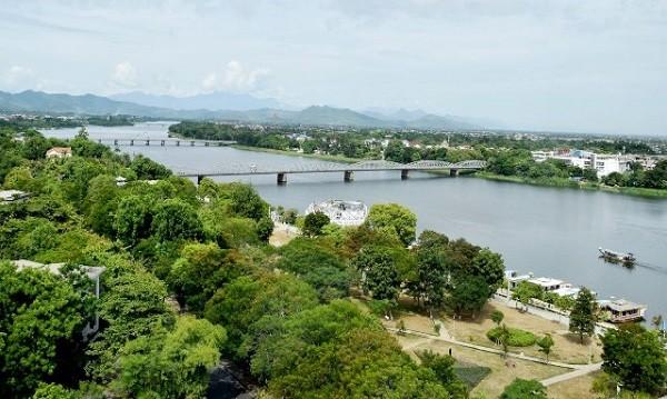 Sông Hương (Tp Huế)
