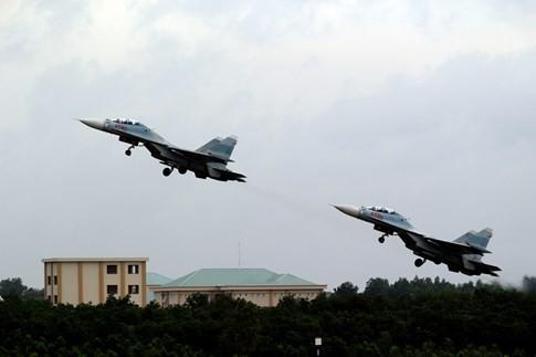 Làm chủ 'Hổ mang chúa' SU-30MK2 - ảnh 5