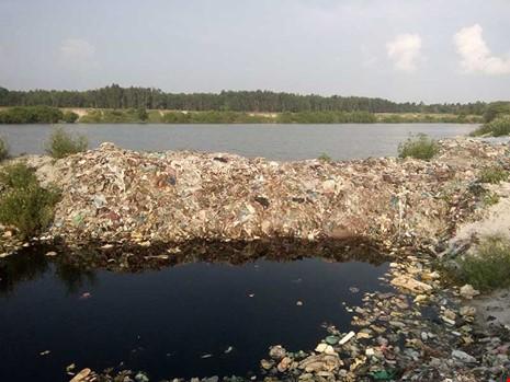 Nước rỉ rác đe dọa môi trường Đồng Nai - ảnh 1