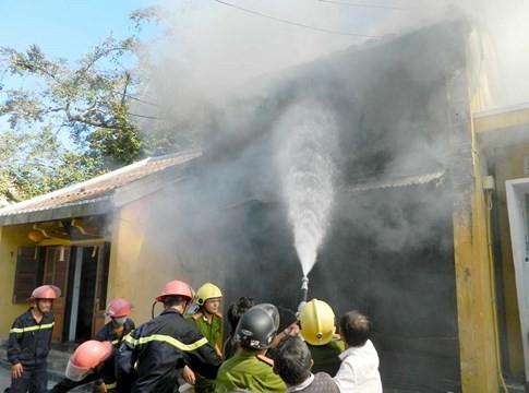 Phố cổ Hội An mới phòng cháy... trên giấy - ảnh 1