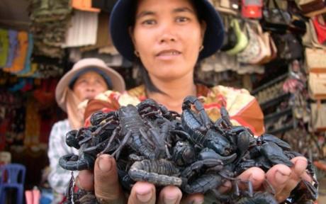 Nhung khu cho ban hang 'doc' chi co o Viet Nam - Anh 2