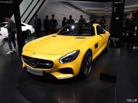 """""""Noi soi"""" cau hinh mau Mercedes-Benz AMG GTS"""