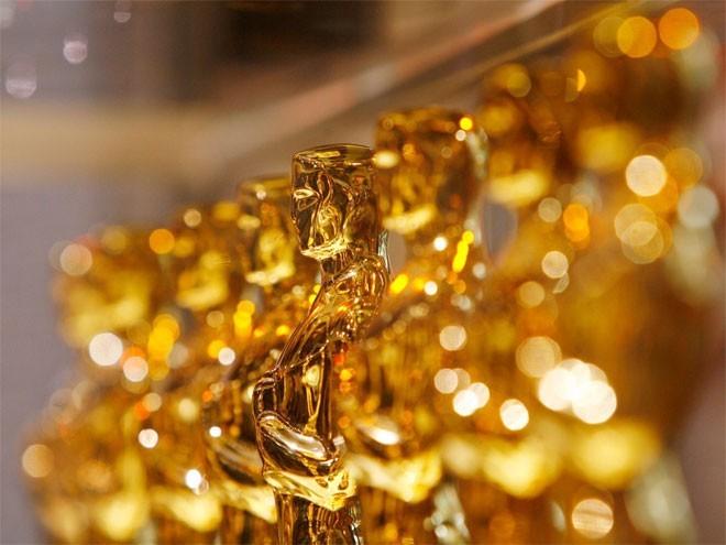 <b>1. Mỹ</b></div><div><i>Mức dự trữ vàng chính thức: 8.13,5 tấn</div><div>Tỷ lệ vàng trong dự trữ ngoại hối: 72,7%</i></div><div>Vào năm 1952, Mỹ có dự trữ vàng lên tơi 20.663 tấn, lớn nhất trong lịch sử nước này. Đến năm 1968, dự trữ vàng của Mỹ lần đầu tiên giảm dưới 10.000 tấn.