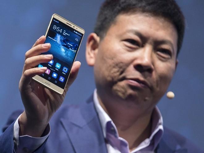 Tai sao Huawei van luon xep sau Apple? hinh anh 3