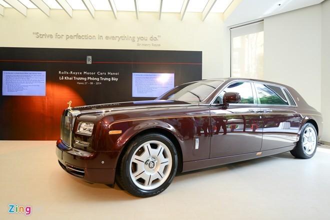 Nhung chiec Rolls-Royce co gia ban ky luc o Viet Nam hinh anh 1