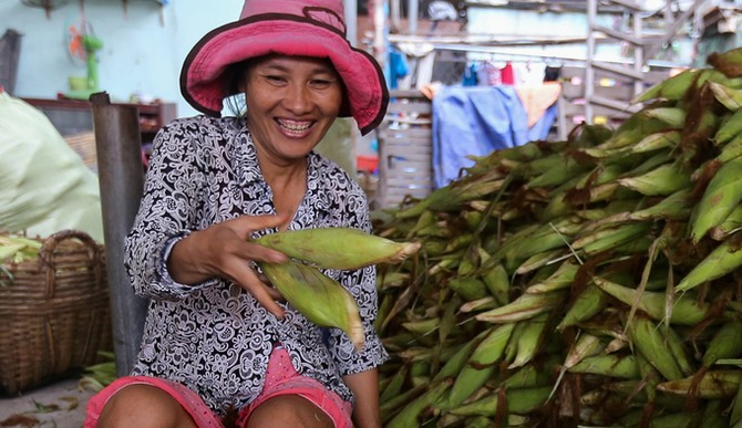 Chợ bắp lớn nhất Sài Gòn