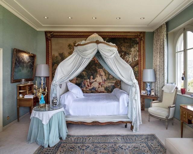 Một phòng ngủ trên gác