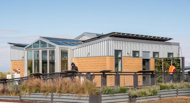 ReACT là một ngôi nhà được vận hành hoàn toàn bằng năng lượng mặt trời với diện tích 110 m2