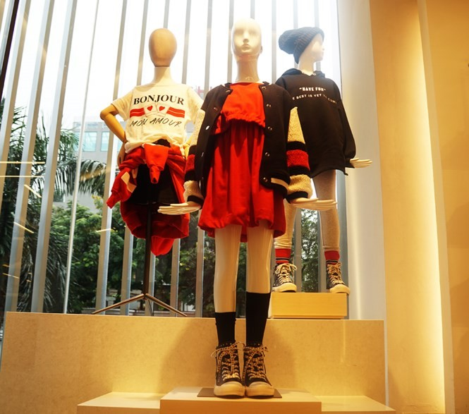 Nhãn hàng thời trang lớn 'đổ bộ', doanh nghiệp Việt có bị mất sân? - ảnh 2