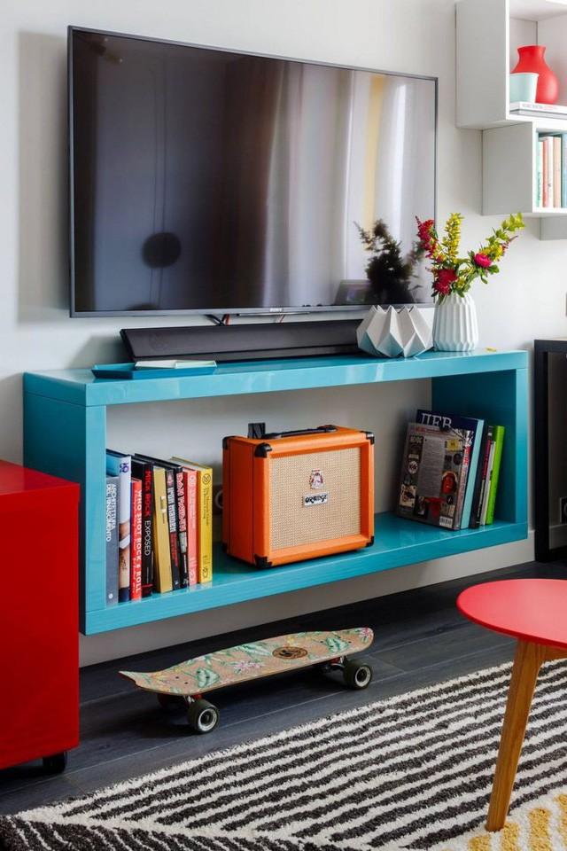 Trong căn hộ này mọi thứ nội thất đều được chủ nhà lựa chọn vô cùng khéo léo, nhỏ xinh nhưng vừa khít với từng góc nhỏ của không gian.