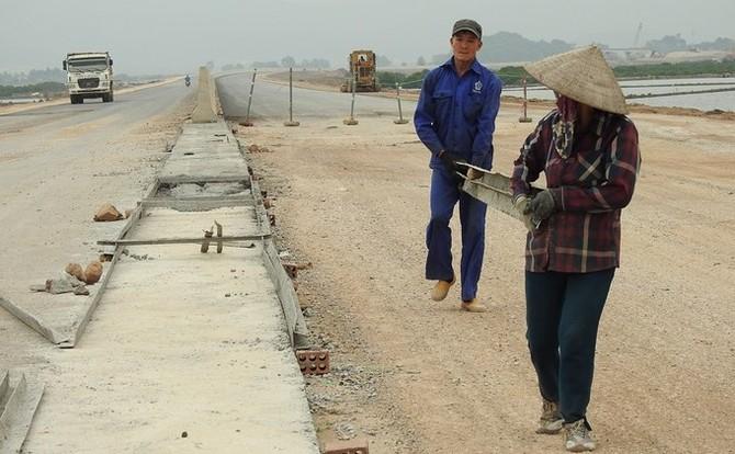 Công trường chuỗi cao tốc tỷ đô ở Quảng Ninh