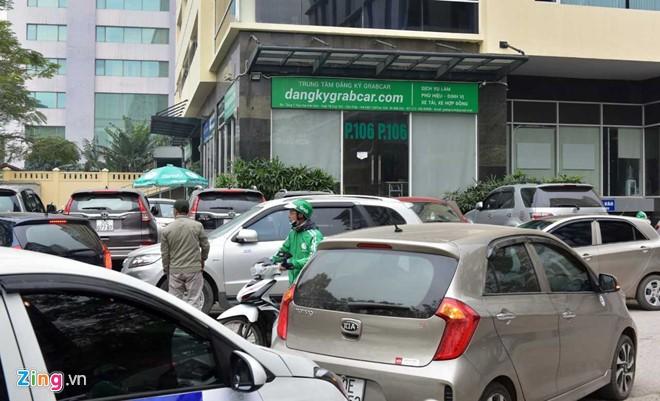 Grab phot lo doi thoai, tai xe gui don keu cuu Bo Giao thong Van tai hinh anh 3