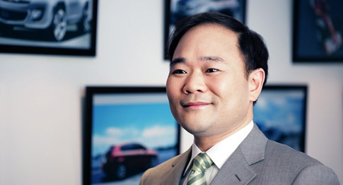 Tỉ phú Trung Quốc 'nhòm ngó' BMW trước khi mua cổ phần Daimler - ảnh 1