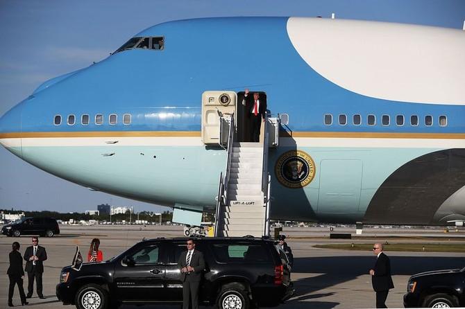 Air Force One cua ong Trump duoc bao ve nhu the nao? hinh anh 1