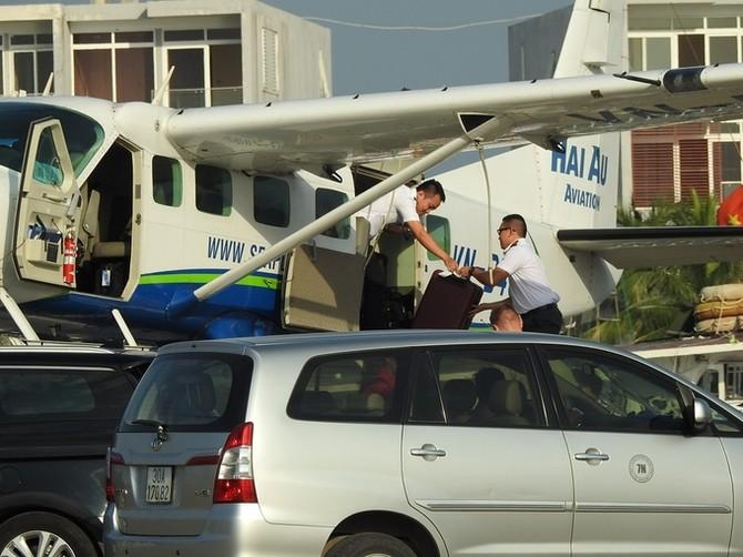 COO Facebook đi thủy phi cơ thăm vịnh Hạ Long