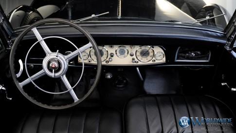 Xế Mercedes cổ chống đạn của Hitler được bán đấu giá - ảnh 4