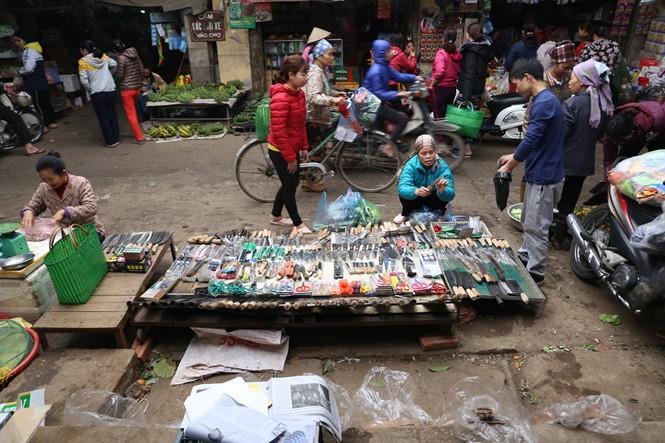 Nét quê trong phiên chợ ngoại thành Hà Nội ngày 30 Tết - ảnh 10