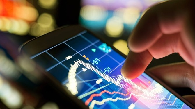 findtech-shutterstock-281485034_njzr Vén bức màn định giá Start-up công nghệ và Fintech