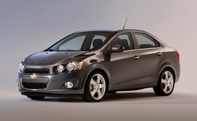 10 chiếc ôtô rẻ nhất năm 2015 tại Mỹ