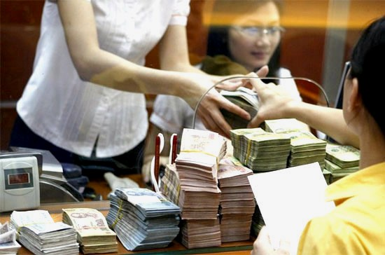Ngân hàng, khách hàng, dư nợ, tín dụng, tái tài trợ, rủi ro, nợ xấu, phạt trả nợ trước hạn, CIC, ngân-hàng, khách-hàng, dư-nợ, tín-dụng, tái-tài-trợ, rủi-ro, nợ-xấu, phạt-trả-nợ-trước-hạn