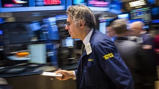 Dow Jones chốt đỉnh kỷ lục phiên thứ 2 liên tiếp