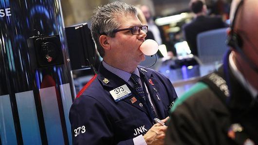 Chứng khoán Mỹ tăng điểm chờ tin họp Fed