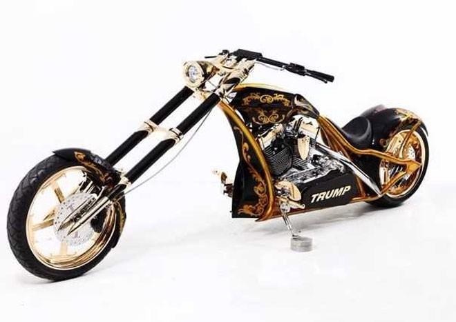 Là một người đam mê motor, Trump đã đặt làm chiếc motor phân khối lớn đặc biệt này với nhiều bộ phận làm bằng vàng 24 karat.