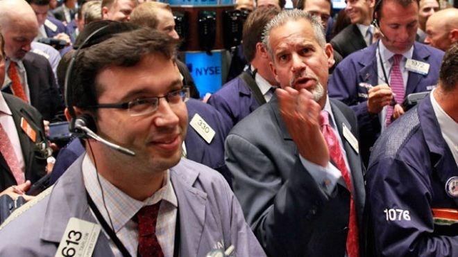 Chứng khoán Mỹ tăng điểm nhờ niềm vui Hy Lạp