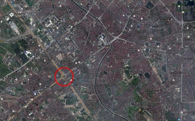 Đây là điểm giao cắt của đường vành đai 3 (gồm tuyến trên cao và mặt đất) với tuyến đường Nguyễn Trãi huyết mạch nối từ phía tây nam vào trung tâm Hà Nội.