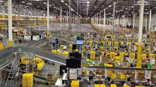 """Amazon: Nơi làm việc như """"đấu trường sinh tử"""" - Ảnh 2"""