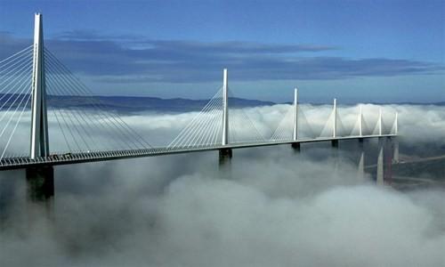 Những cây cầu độc đáo trên thế giới - ảnh 5
