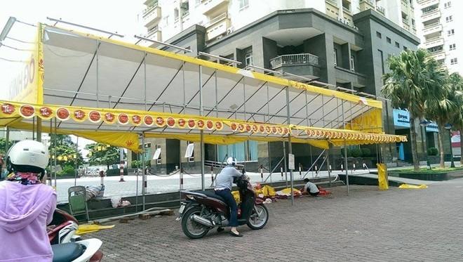Bánh trung thu ở Hà Nội: Ế cũng không giảm một đồng