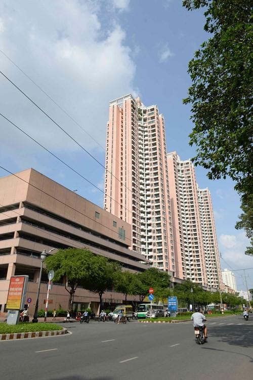Thuận Kiều Plaza nhìn từ xa