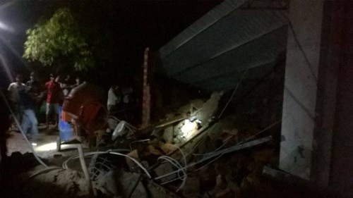 Sập nhà đang xây tại TPHCM, 11 người thương vong - ảnh 5