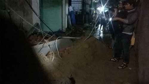 Sập nhà đang xây tại TPHCM, 11 người thương vong - ảnh 6