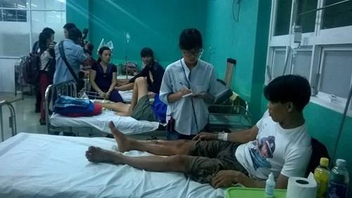 Sập nhà đang xây tại TPHCM, 11 người thương vong - ảnh 1