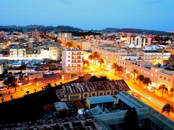 1. Eritrea (tệ nhất) Điểm số khoảng cách: 27,61 Mức thu nhập: 38,1% Tổng thuế suất: 9,2% Thu nhập bình quân đầu người: 530 USD