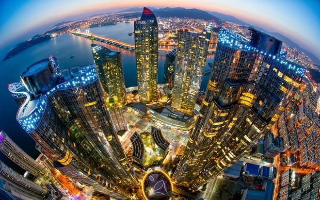 9. Hàn Quốc (tốt nhất) Điểm số khoảng cách: 83,88 Mức thu nhập: 14,5% Tổng thuế suất: 33,2% Thu nhập bình quân đầu người: 27.090 USD.