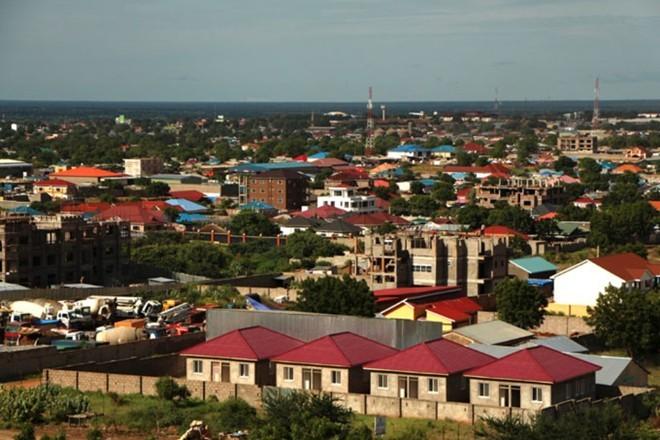 3.Nam Sudan (tệ nhất) Điểm số khoảng cách: 34,78 Mức thu nhập: 330,1% Tổng thuế suất: 6,9% Thu nhập bình quân đầu người: 960 USD.