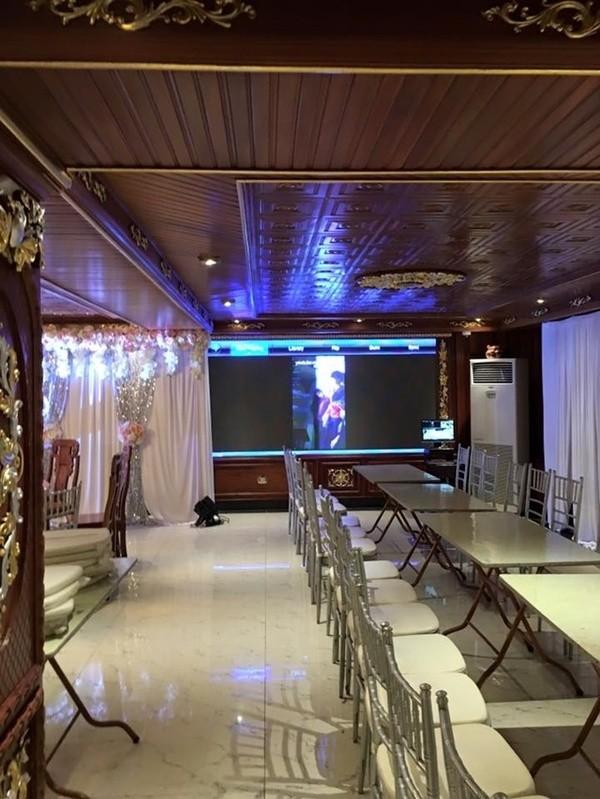 Phòng xem phim và tổ chức tiệc hiện đại