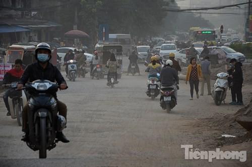 'Bão bụi' mù mịt ở con đường làm 10 năm chưa xong 570m - ảnh 5
