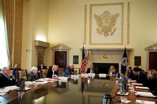 Chờ cuộc họp Tháng 9 của Fed. Ảnh NYT