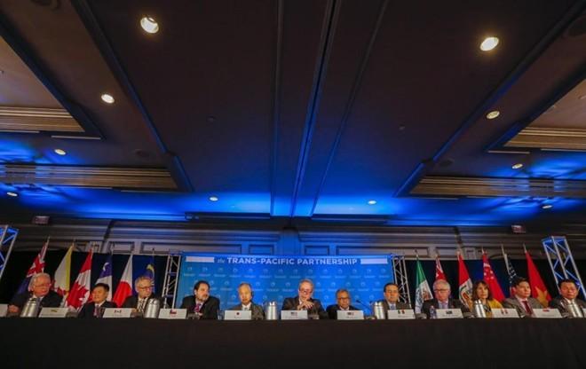 au hơn 5 năm đàm phán, Bộ trưởng thương mại 12 nước tham gia đàm phán đã đạt được thỏa thuận cuối cùng về Hiệp định Đối tác xuyên Thái Bình Dương (TPP). Ảnh: nydailynews