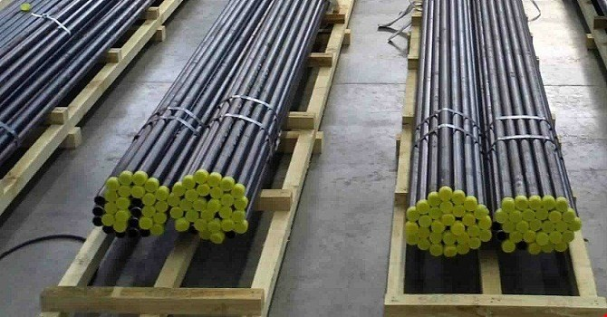 Canada lại áp thuế chống bán phá giá ống thép dẫn dầu của Việt Nam