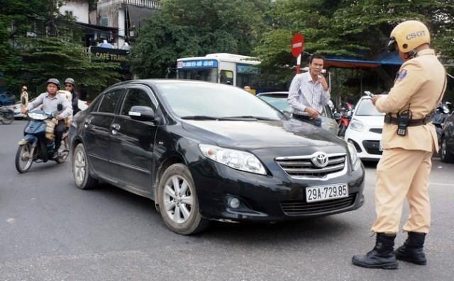 Cho phép Cảnh sát giao thông được trưng dụng tài sản của dân: Bộ Công an đã nhầm lẫn?