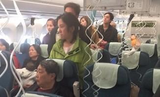 Máy bay Vietnam Airlines bị giảm áp suất, một tiếp viên bị thương