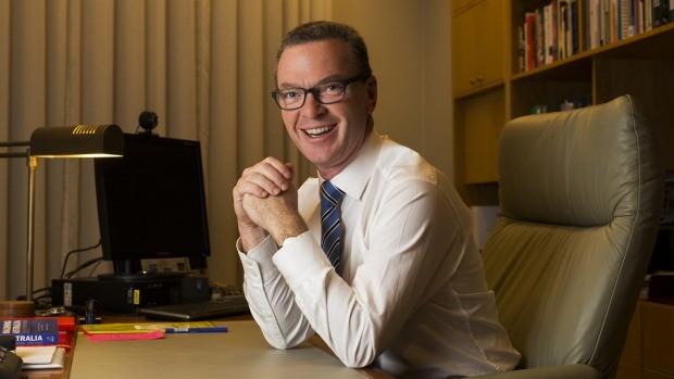 Bộ trưởng Công Nghiệp, Đổi Mới và Khoa Học Christopher Pyne. Photo: Sean Davey