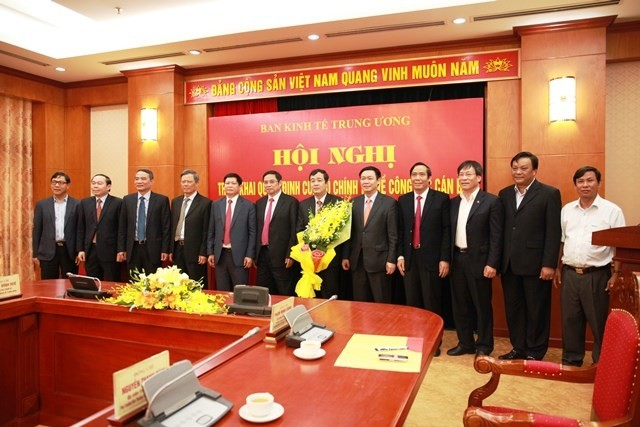 Bộ Chính trị điều động nhân sự tỉnh Bình Định làm Phó ban Kinh tế Trung ương