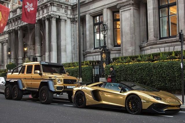 Chúng thường bị bắt gặp khi đang mắc kẹt giữa các đoạn đường đông đúc ở trung tâm London, hay đỗ bên ngoài các cửa hiệu thời trang xa xỉ và trung tâm thương mại.