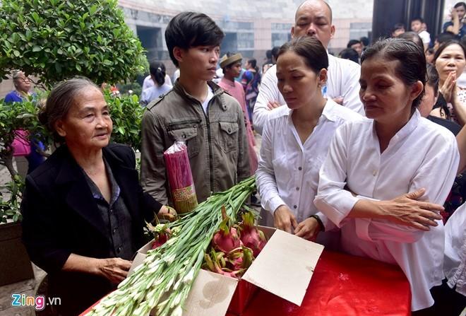 Nguoi Sai Gon dang banh chung len Vua Hung hinh anh 13